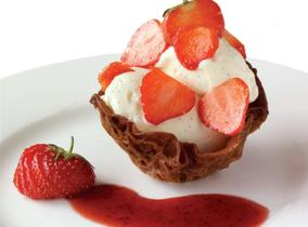 Create and Cook 2011: Ginger Snap Baskets with Chantilly Cream